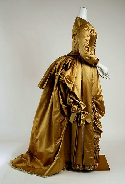 evening dress early 1880s tournuere mode kleider