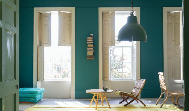 Du bleu turquoise pour raviver la déco du séjour