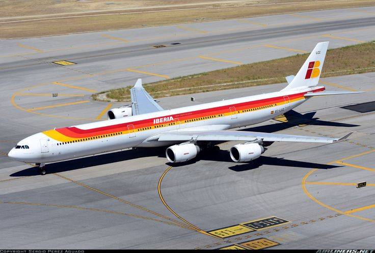 """Iberia Airbus A340-642 EC-LCZ """"Miguel Servet"""" on the taxiway at Madrid-Barajas, May 2015. (Photo: Sergio Perez Aguado)"""