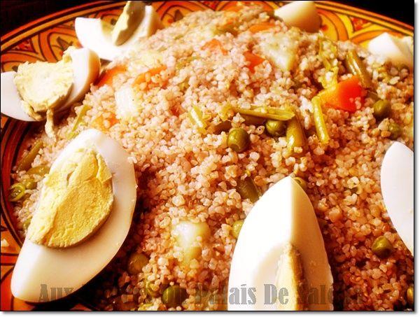 Couscous Kabyle aux légumes à la vapeur ; Salam allaicom, bonjour Tamekfoult, Amekfoul, Afourou, Timekhlat ou Akfel de multiple appellation que porte ce délicieux couscous berbère traditionnel, un couscous au dés de légumes fraîchement ramassés sans viande...
