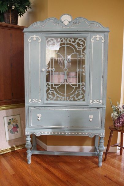 Blue & White Vintage China Cabinet - 140 Best Painted China Cabinets Images On Pinterest Painted China