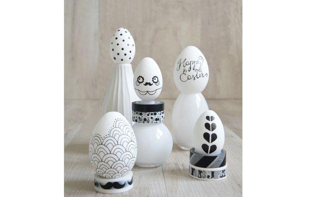 Decorare le uova di Pasqua: grafismi in bianco e nero