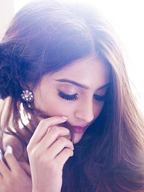Sonam Kapoor In wine lipstick...