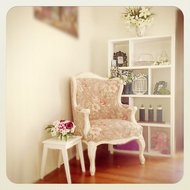 The Reading Nook - My favourite piece of furniture
