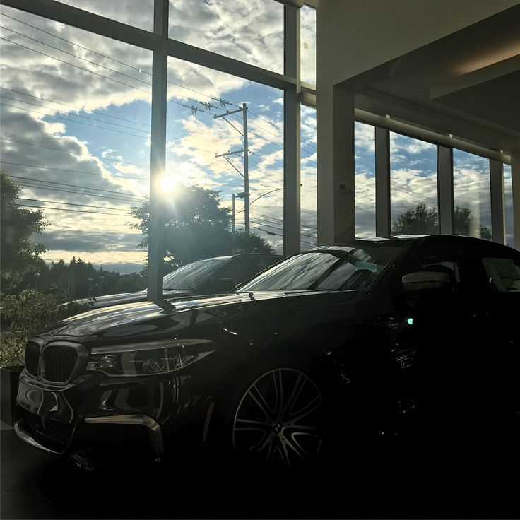 62 вподобань, 4 коментарів – Otto's BMW (@ottosbmw) в Instagram: «The incredible M550i xDrive is here, and ready to rumble. 0-60mph in 3.9 seconds, all-wheel drive,…»