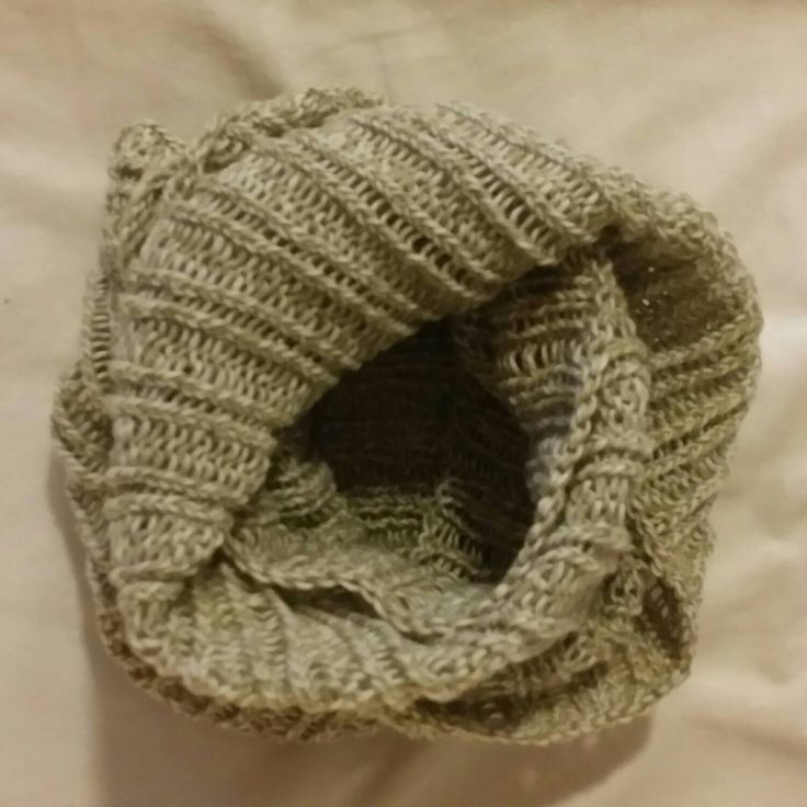 Handknitted green and white cowl by LynnesEbooks on Etsy