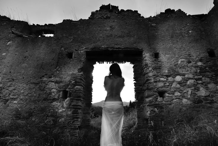 SELECTION OF THE DAY by @ExpoFineArt > Attachment >  Calabria - 2014 >  Photo @ Patrizia Starnone > #Expo #FineArt #Photography > #Portraiture