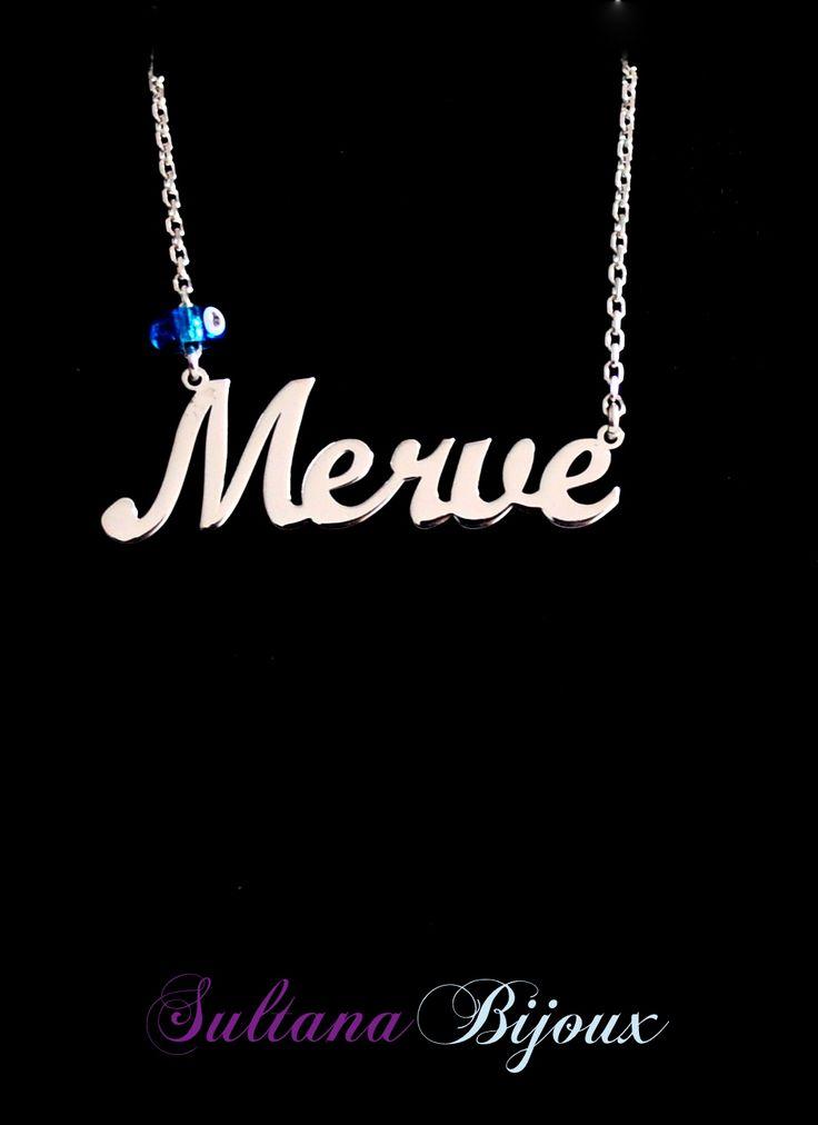 Colier din argint 925 personalizat cu numele Merve si un ochisor de deochi pe lant. Realizam la comanda cu numele ales de d-voastra. Lungime lant: 40 - 45 cm Lantisor reglabil