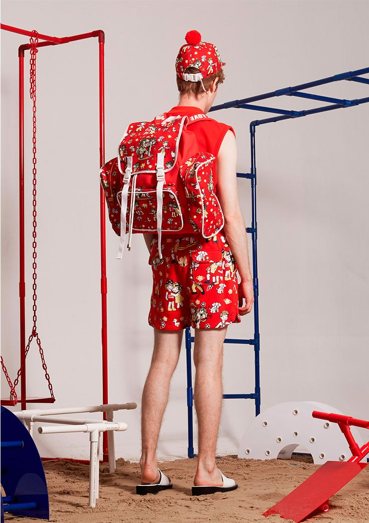 "Bangkok based label Q DESIGN AND PLAY unveiled its Spring/Summer 2017 lookbook. The collection, titled ""YOU CAN'T HURRY LOVE"", was inspired by PHIL COLLINS's song (Original by The Supremes) telling a memory of mother's words of encouragement for... »"
