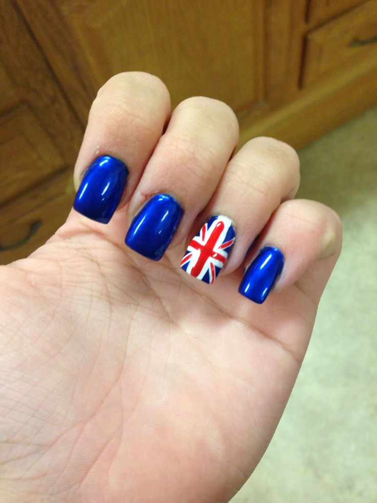 Best 25+ British Flag Nails Ideas On Pinterest