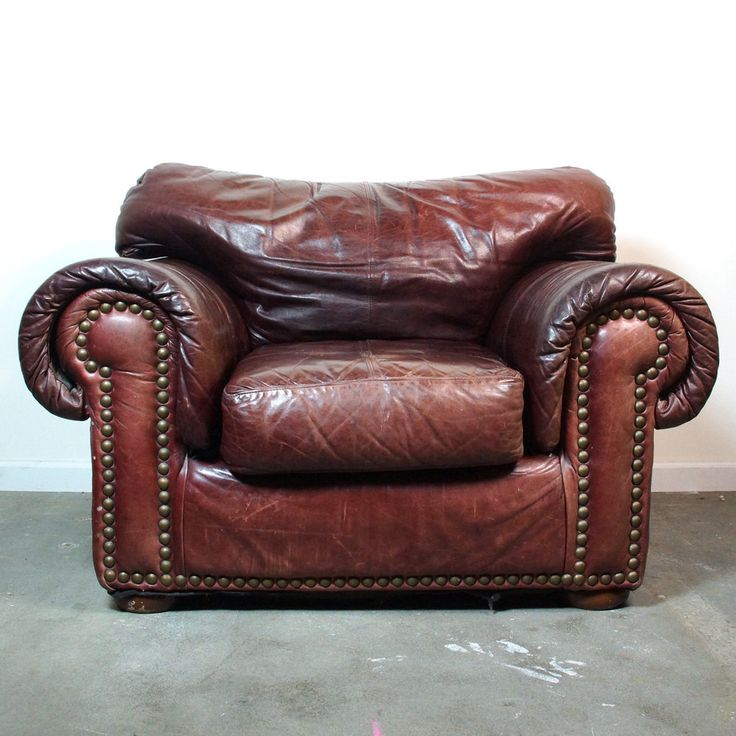 Leather Club Chair & Ottoman / Vintage Distressed Brown
