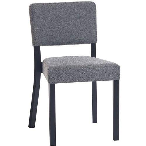 De volledig #houten stoelen zijn door de jaren altijd erg populair geweest. Hun focus: stoelen van hoge kwaliteit, maar met een simpel ontwerp. Treviso is een van de weinige stoelen die TON maakt die volledig bekleed is: er is geen volledig houten versie van de stoel. Toch doet dit niet af aan kwaliteit, aangezien #Treviso gemaakt is van duurzame materialen van hoge kwaliteit. Ook de gebogen houten poten geven het ontwerp van Treviso een unieke kwaliteit.