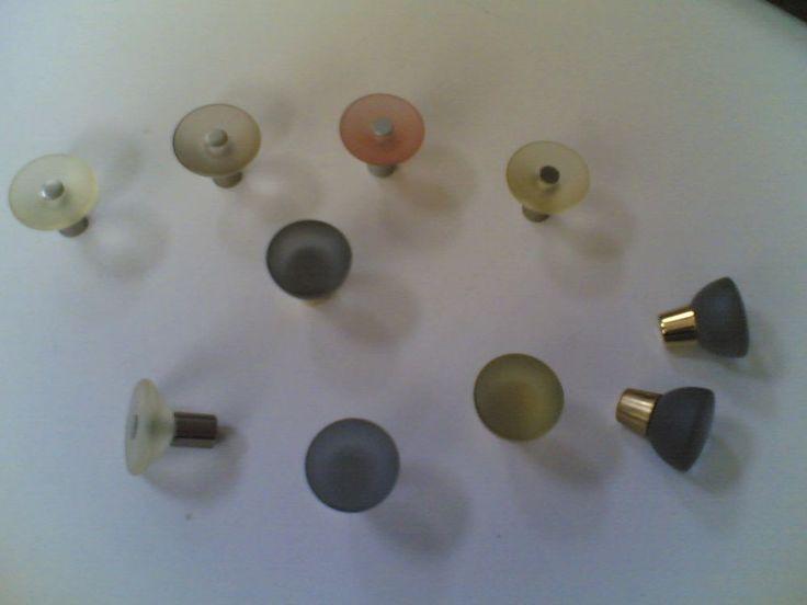 Pomoli colori satinati 10 pezzi   Knobs mat colors