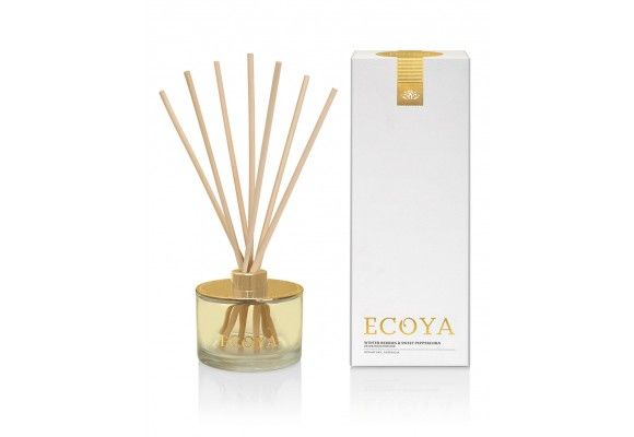 Winter Berries and Sweet Peppercorn Reed Diffuser