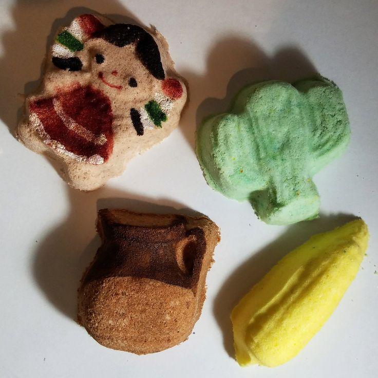 BEAUTIFUL CULTURA INSPIRED MANI BOMBS. JARRITO DE BARRO-SCENTED IN OUR SEASON CHOCOLATE DE LOQUITA SCENT (MEXICAN CHOCOLATE) CACTUS-SCENTED IN A...