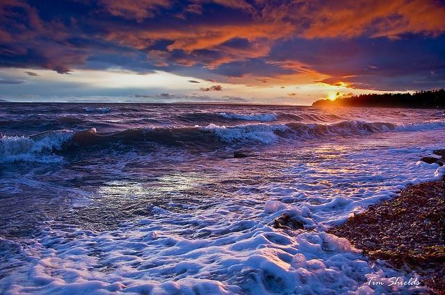 Sunset over White Rock Waves by GlacierTim, via Flickr