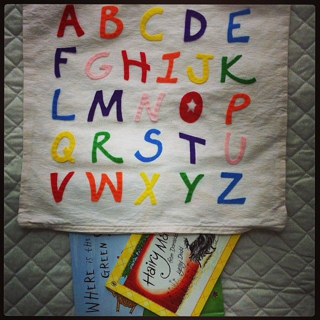 Use your cushion cover as a book bag, library bag, home reading bag!
