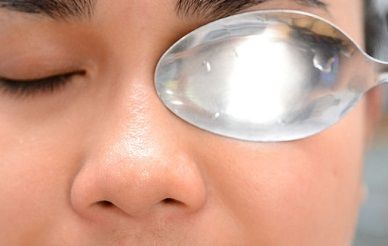 8 Effective Eye Bags Home Remedies