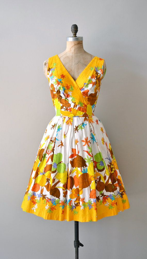 Summer dress 50s expressions