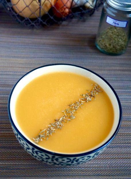Velouté de topinambour et patate douce au thym // Jerusalem artichoke and sweet potato soup with thyme