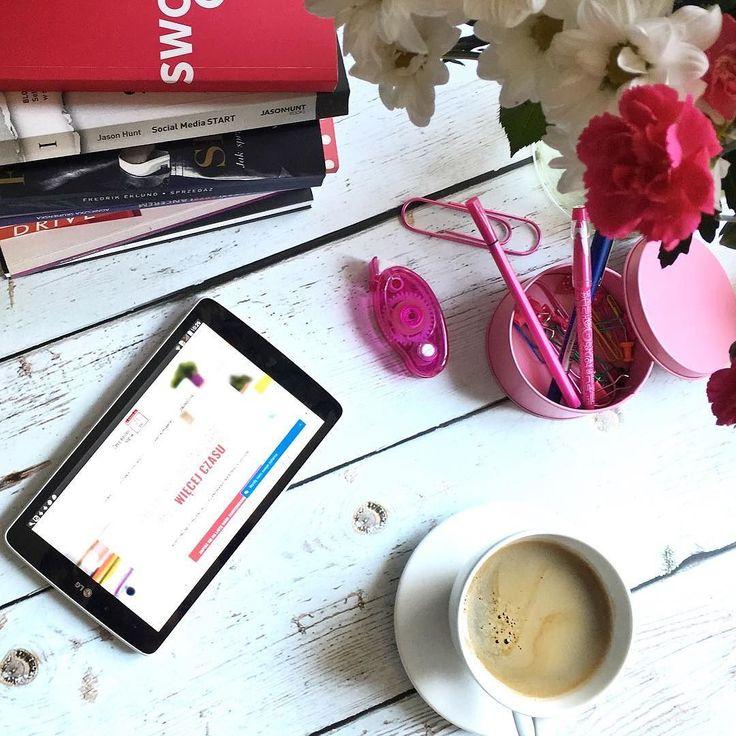 """Tylko do dzisiaj do północy można dołączyć do 746 kobiet które już kupiły 3 edycję kursu """"Zorganizuj się w 21 dni"""". W związku z tym witam z otwartymi ramionami niedzielę pracującą  A co Wy będziecie porabiać w niedzielę?  #sunday #workingsunday #workingweekend #niedziela #psc #paniswojegoczasu #zorganizujsiew21dni #kursonline #onlinecourse #workfromanywhere"""