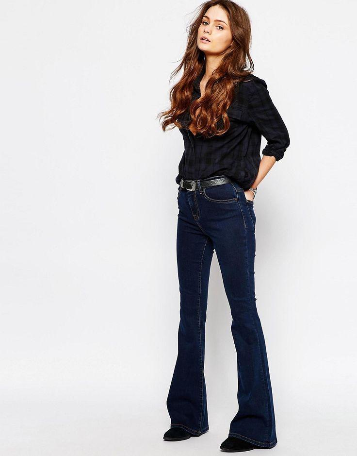 Изображение 4 из Расклешенные джинсы в стиле ретро с высокой талией Only