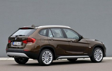 Brown BMW X1 HD Wallpaper