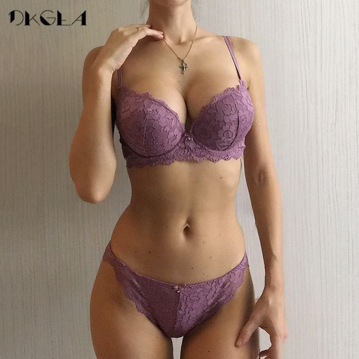 Hot Sexy Push Up Bra Set Brand Deep V Brassiere Thick Cotton Women Underwear Set Lace Embroidery Flowers Lingerie B C Cup