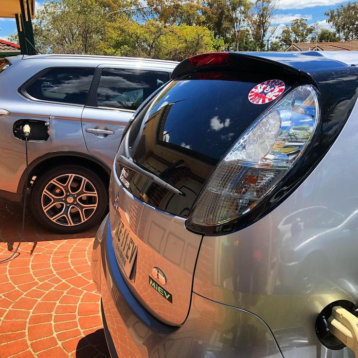 Nice bright spring day charging 2 cars from the Solar system. The Mitsubishi EV family. Big car little battery little car big battery  #fullycharged #solar #sun #power #renewable #free #freeelectricty #solarpanels #imiev #outlander #mitsubishi #electric #electricvehicle #j1772 #green #clean #cheap #energy #future #ev #electriccar #aeva #tesla #motoring #cars #jdm #battery