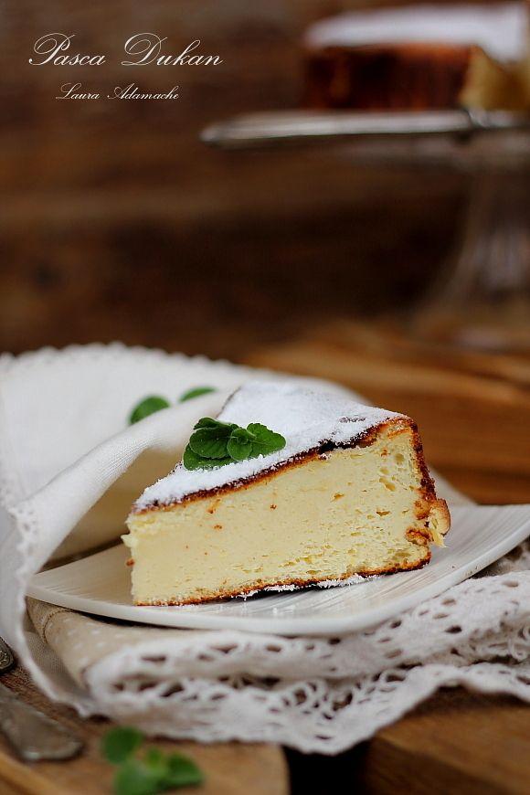 Pasca Dukan - Retete de Pasti. Mod de preparare Pasca dietetica cu branza quark si iaurt. Reteta Pasca dietetica dukan fara aluat