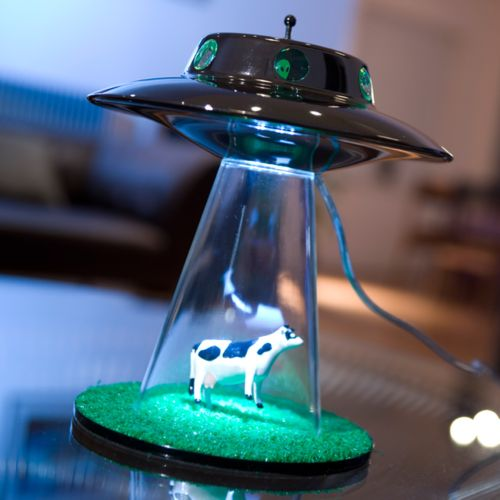 You can't help but smile and love it. Have you seen a cooler lamp?: Awesome Lamps, Design Ideas, Creative Design, Cool Lamps, Aliens Abduction, Abduction Lamps, Aliens Lamps, Creative Lamps, Awesome Stuff