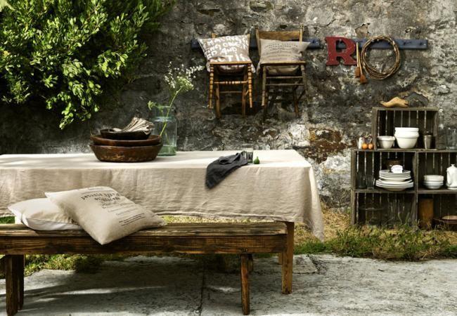 Consigue un aspecto cálido y acogedor con lencería clásica y rústica