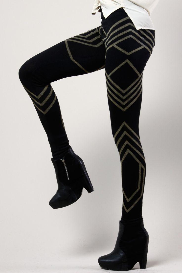 Geometric Print Leggings   Thrifted & Modern