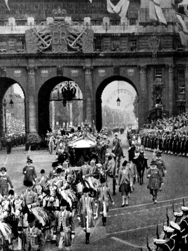 Queen Elizabeth Age at Coronation | information about the coronation of elizabeth ii see new elizabethans