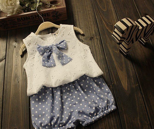 Lovely summer set with big polka bow and shorts - Eva