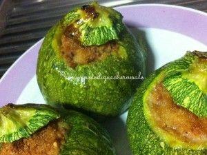 Zucchine Tonde Ripiene  http://blog.giallozafferano.it/conunpocodizuccheroesale/zucchine-tonde-ripiene/