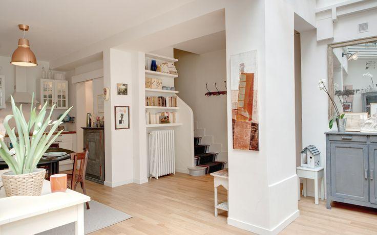 Small But Beautiful Vintage Paris Apartment Rental