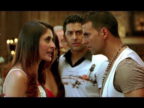 Akshay Kumar kisses Kareena forcibly | Kambakkht Ishq - YouTube