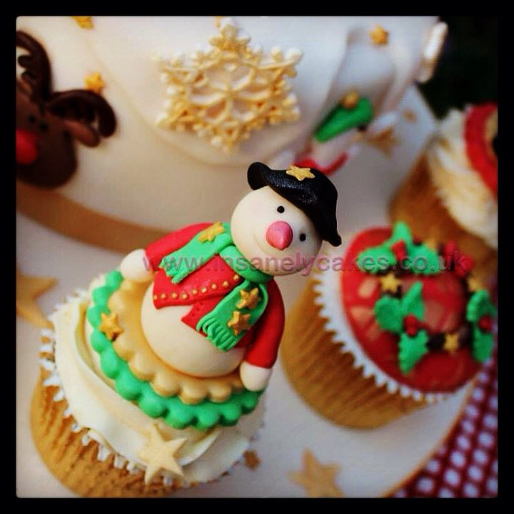 Facebook Ony Cake Decor : 1000+ images about Christmas Cake Decorating Class on ...