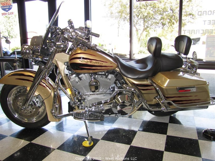 Harley Davidson 100th Anniversary Items   Harley Davidson Motorcycles