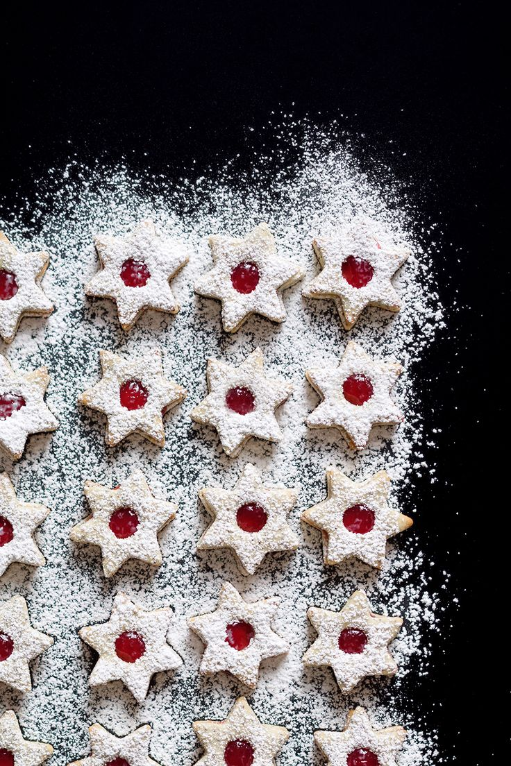 Mohn-Marzipan-Plätzchen mit Johannisbeergelee // Filled Christmas Cookies with Poppy Seeds, Marzipan and Red Currant Jelly // Berliner Küche