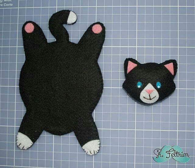 Felt Kitty Coasters #4