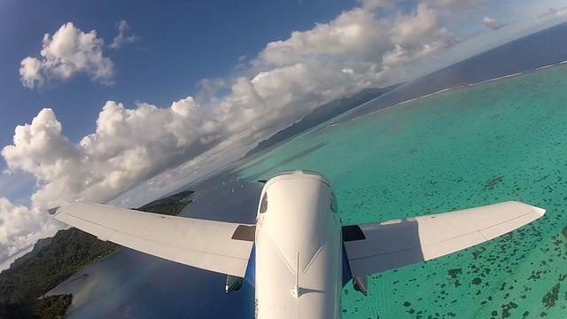 Video from the sky of the 2012 Tahiti Pearl Regatta by deimos13.
