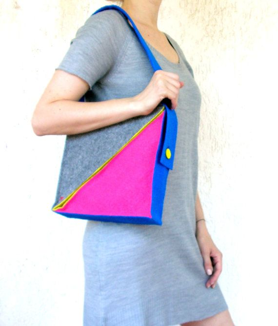 Triangle bag felt handmade bag shoulder bag zipper by AlfaHandmade