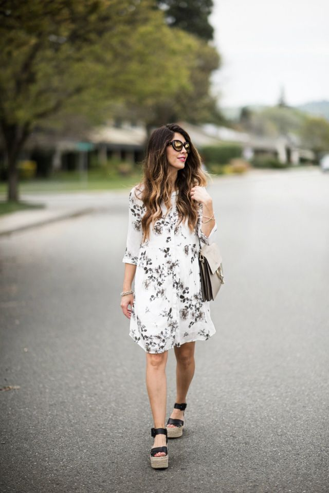 Floral Dress + Marc Fisher Sandals | how to style a floral dress | how to wear a floral dress | summer fashion | summer style | summer outfit ideas | outfit ideas for summer | fashion tips for summer | style ideas for summer | warm weather fashion || The Girl in the Yellow Dress