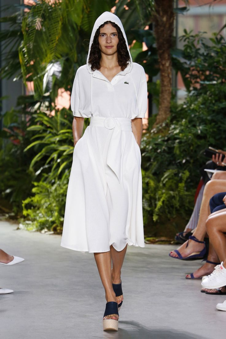 Lacoste | Ready-to-Wear Spring 2017 | Look 32