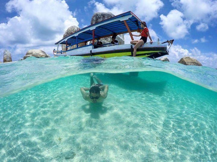 Hotels-live.com/pages/sejours-pas-chers - Tomorrow is holiday right? where do you go? Photo by: @marinaswanti at Batu Island Belitung. #travellersnusantara Hotels-live.com via https://www.instagram.com/p/BE-Ukuzosoz/