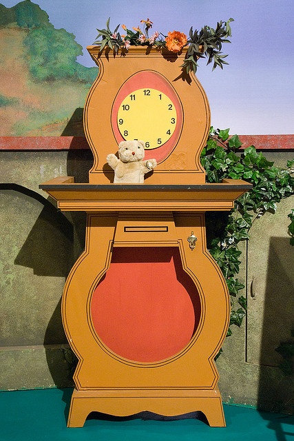 Daniel Striped Tiger's Clock