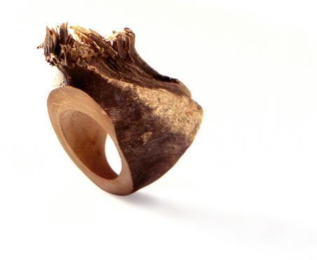 #LuziaVogt #wood #ring