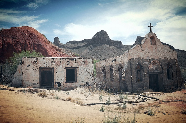 32 best big bend national park images on pinterest for Adobe home builders texas